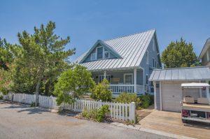 18 Windward Ct Bald Head Island - Front of Home
